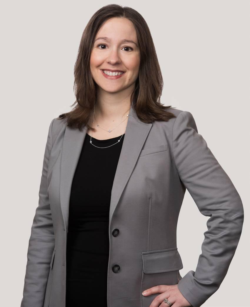 Amanda R. Lawrence